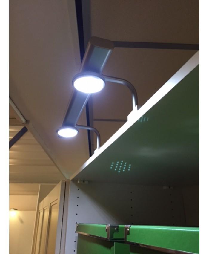 Kastlamp met 2 ledspots